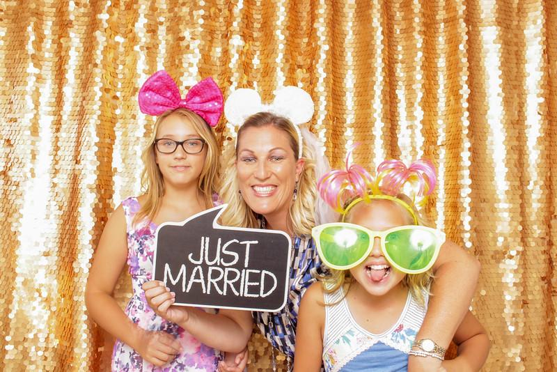 2015-08-29_OhSnapBoothCo_KatieJim-Wedding-Singles_0012.jpg