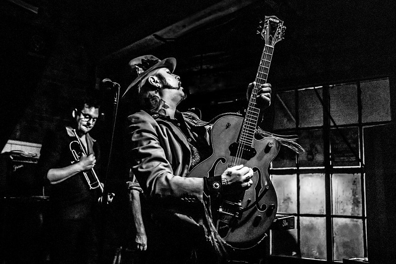 Paul-Ronney Angel and Harrison Cole of The Urban Voodoo Machine at the Frog and Fidddle Cheltenham.  Nov 2019