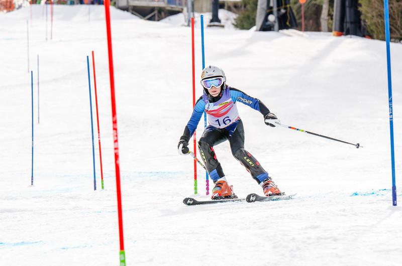 Standard-Races_2-7-15_Snow-Trails-179.jpg