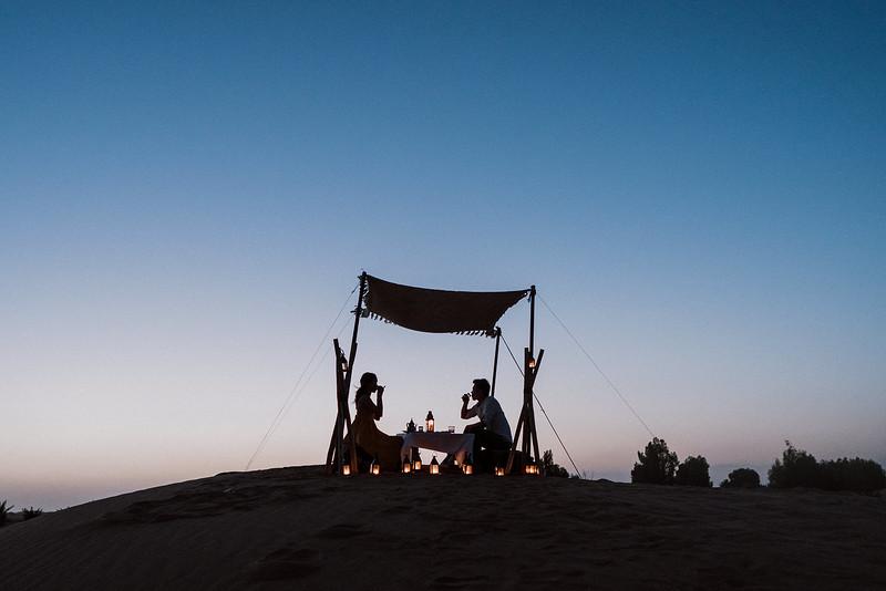 Tu-Nguyen-Destination-Wedding-Photographer-Morocco-Videographer-Sahara-Elopement-421.jpg