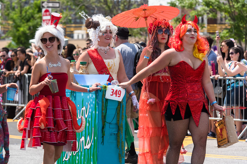 2019-06-22_Mermaid_Parade_2513.jpg