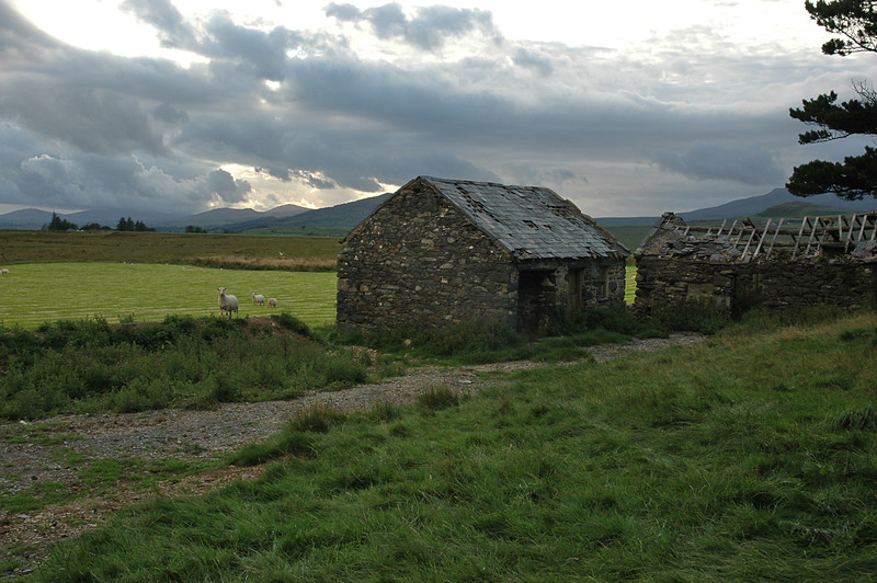 Unused farm buildings near Maes-y-llech, Snowdonia.