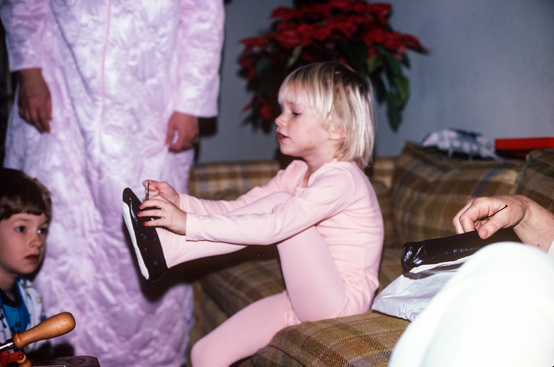 1980-12 Jennifer Broad Christmas-2.jpg