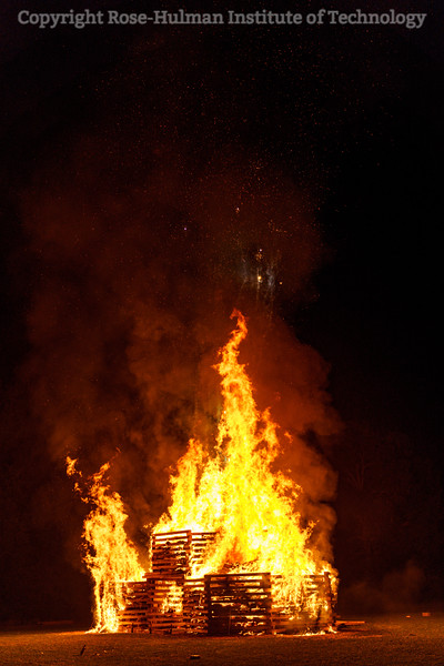 RHIT_Homecoming_2019_Bonfire-7286.jpg