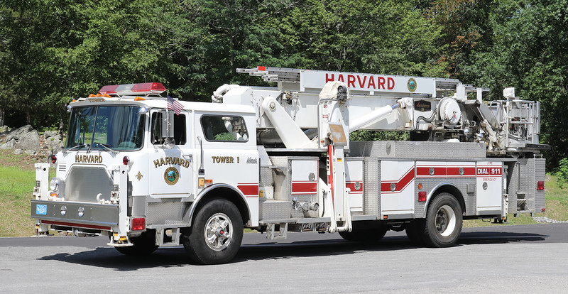 Tower 1   1980 Mack CF / Baker Scope   75'   (Ex FDNY L-114)