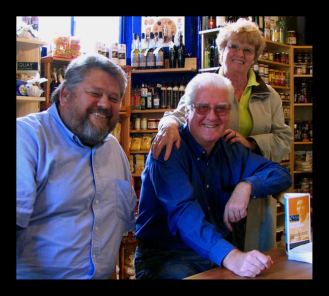 With Alan and Ginty Forrester - Scotland 2005.jpg