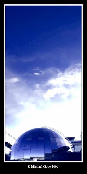 Bristol Exploratory Dome in the evening (64258461).jpg
