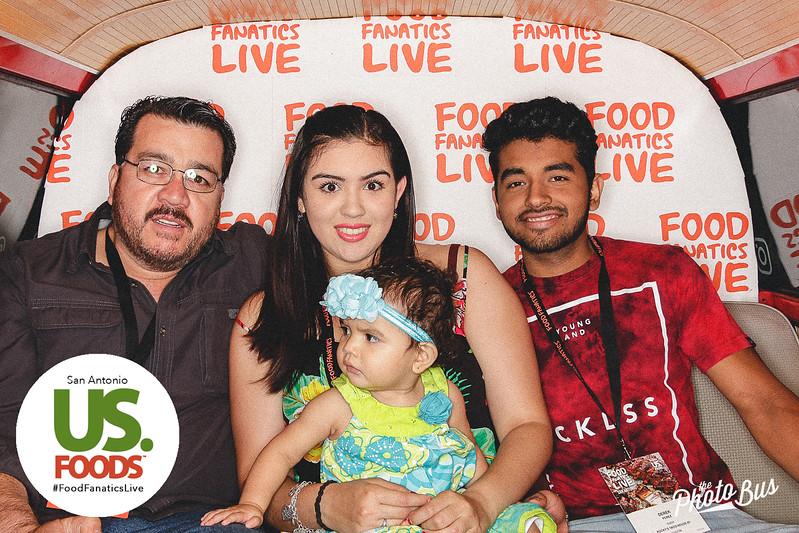 us-foods-photo-booth-225.jpg