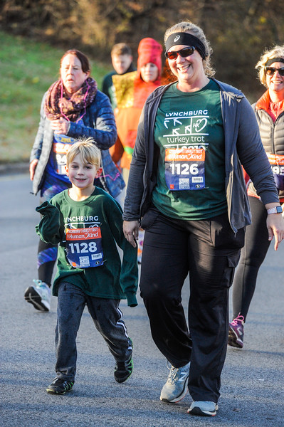 2019 Lynchburg Turkey Trot 278.jpg