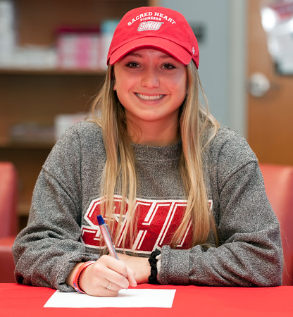04/05/18 Wesley Bunnell   Staff Berlin High School student athlete Lexi Kavarsky signed her letter of intent Thursday morning to join Sacred Heart University's track team.