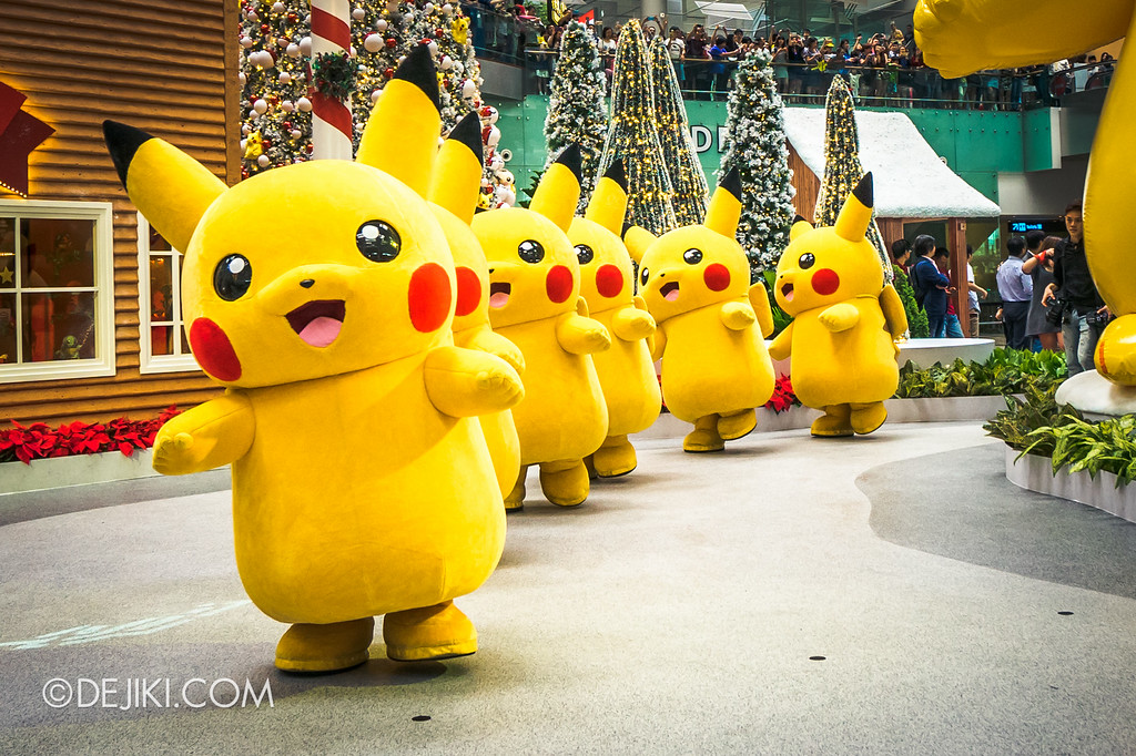 Pokémon at Changi Airport - Pikachu Parade Hero