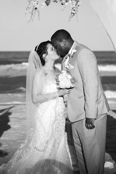 VBWC STAR 10122019 Wedding #123 (C) Robert Hamm.jpg