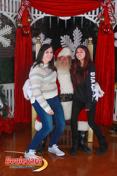 Santa 12-10-16-106.jpg