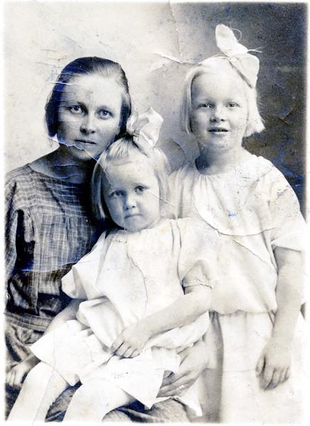Lyn Family 2.jpg
