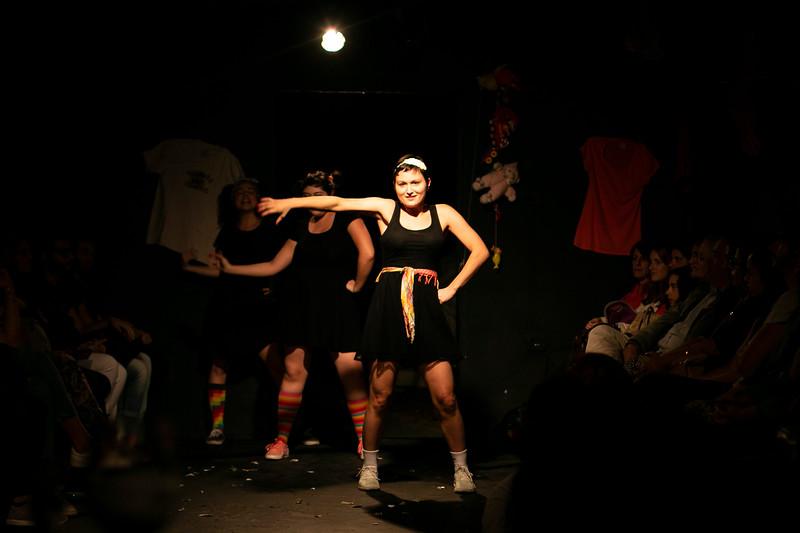 Allan Bravos - Fotografia de Teatro - Indac - Migraaaantes-126.jpg