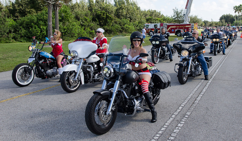 2013 Toys for tots-7.jpg