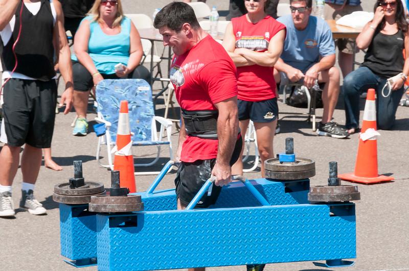 TPS Strongman 2014_ERF2206.jpg