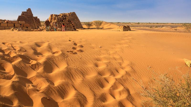 Westliches Pyramidenfeld von Meroe