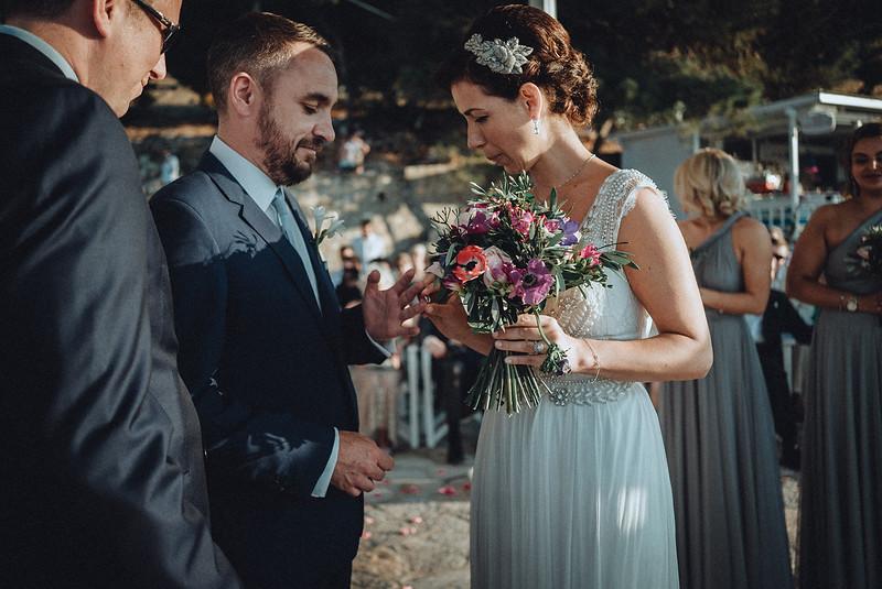 Tu-Nguyen-Wedding-Photography-Hochzeitsfotograf-Destination-Hydra-Island-Beach-Greece-Wedding-109.jpg