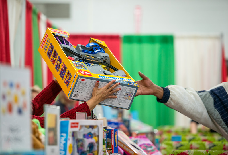 Salvation Army CHEER_December 2013-8140.jpg