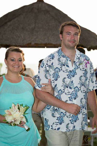 163__Hawaii_Destination_Wedding_Photographer_Ranae_Keane_www.EmotionGalleries.com__140705.jpg