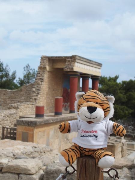 PJ at Knossos