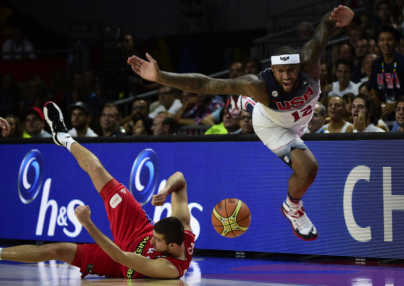 . US centre DeMarcus Cousins (R) vies with Serbia\'s forward Nemanja Bjelica during the 2014 FIBA World basketball championships final match USA vs Serbia at the Palacio de los Deportes in Madrid on September 14, 2014.   JAVIER SORIANO/AFP/Getty Images