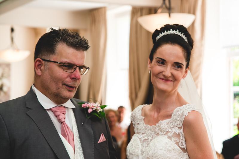 Mr & Mrs Hedges-Gale-52.jpg