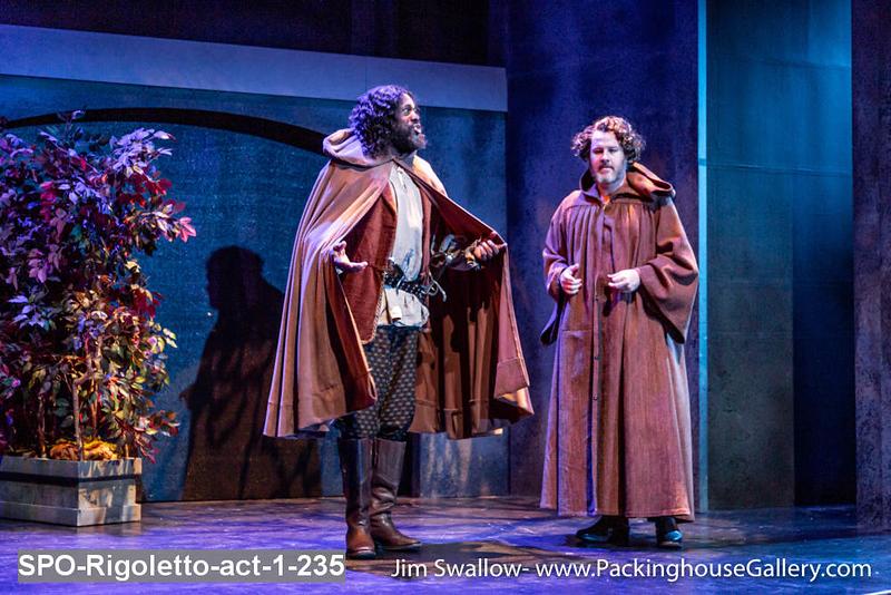 SPO-Rigoletto-act-1-235.jpg