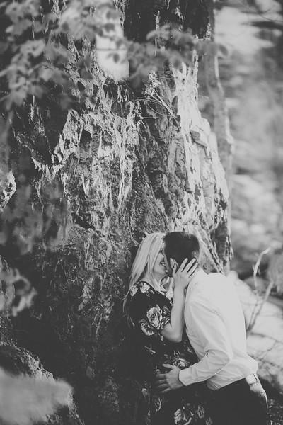 Engagement-095bw.jpg