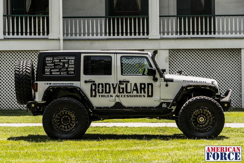 @BodyGuardBumpers Colin 2017 Jeep Wrangler Rubicon 20x10 DUNE Beadlock @Meoffroad-AFW03075-9June 22, 2018.jpg