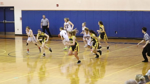SLC GIRLS BASKETBALL JV/ CANTON 38/44 VIDEO AND PICS