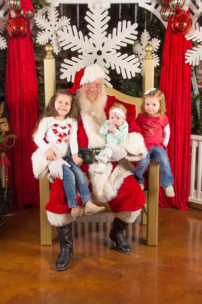 Santa 12-16-17-454.jpg