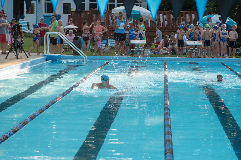 lcs_swimming_kevkramerphoto-024.jpg