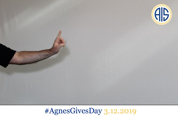 anges gives day 2019