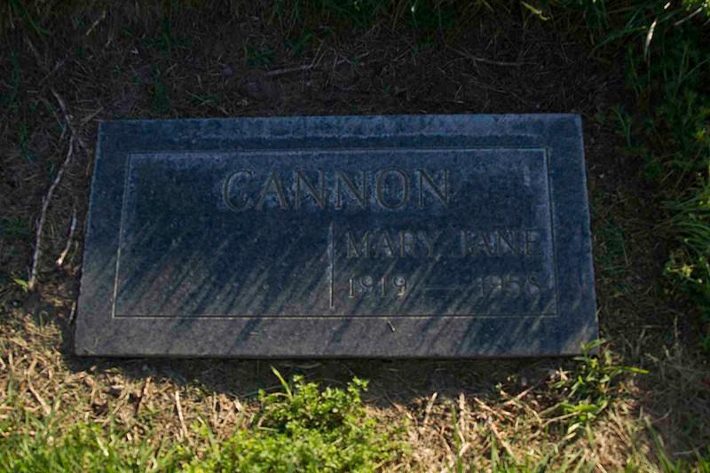 Moms Grave site1.jpg