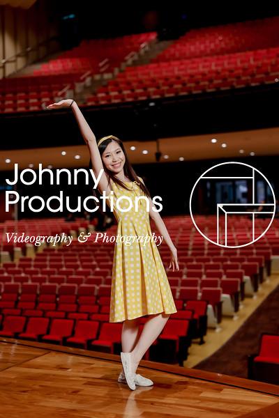 0104_day 1_SC flash portraits_red show 2019_johnnyproductions.jpg