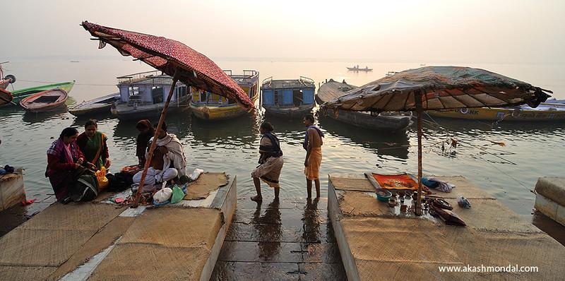 Varanasi-TwoUmbrellas.jpg