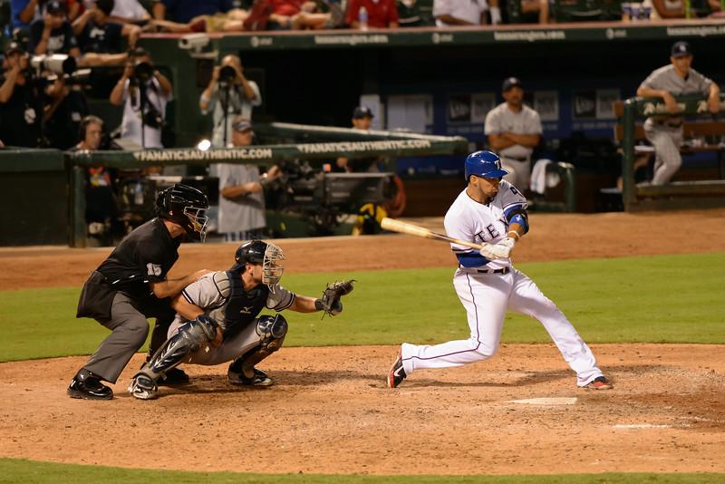 2014-07-30 Yankees Rangers 031 (Chirinos).jpg