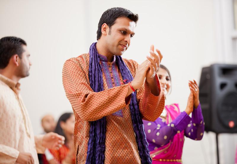 Rachna_Roshan_Sangeet-270.jpg