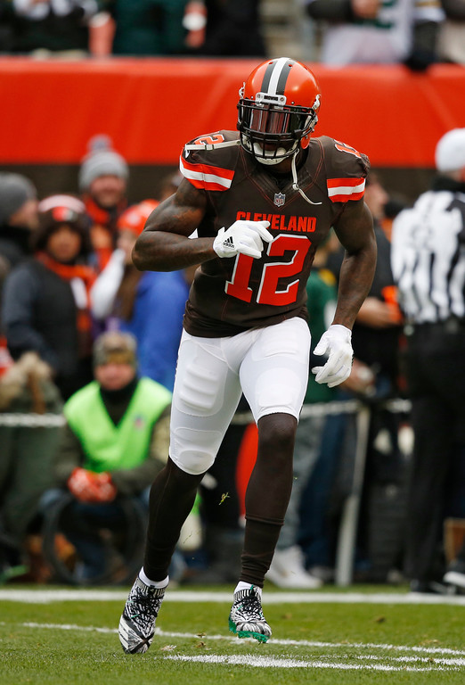 . Cleveland Browns wide receiver Josh Gordon warms up before an NFL football game between the Green Bay Packers and the Cleveland Browns, Sunday, Dec. 10, 2017, in Cleveland. (AP Photo/Ron Schwane)