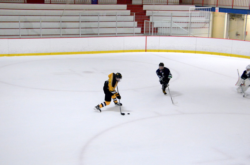 150907 Jr. Bruins vs. Whalers-129.JPG