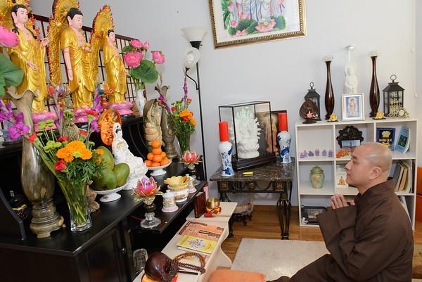 2017 Oct 17 Thay Phap Hoa at Nha Thien Hien