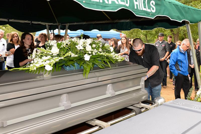 2016-05-14 Gieger Funeral 032.jpg