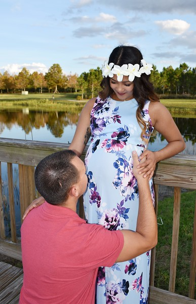 Beautiful pregnancy photo session