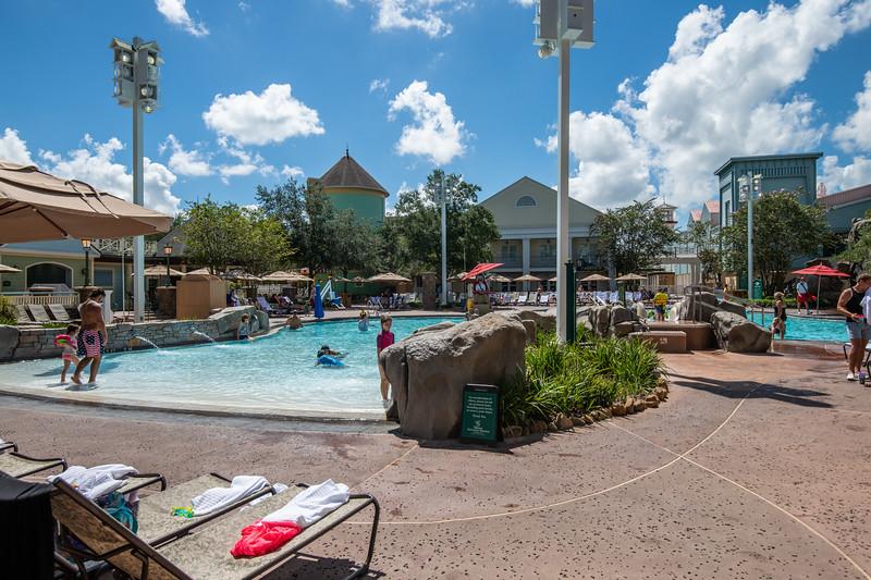 Dinsey Resorts-2-713.jpg