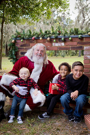 Santa Minis 2018: Liam, Alexander, and Lyric!