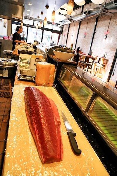 flavor-nakedfish-pic1-4-21.jpg