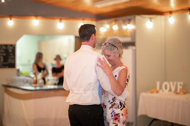 salmon-arm-wedding-photographer-4492.jpg