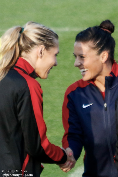 Allie Long and Ali Krieger - Player Introductions (07 May 2016)
